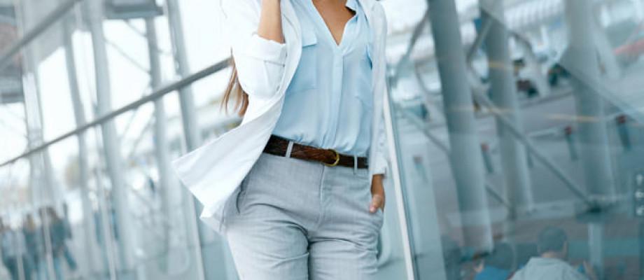 Cómo vestirse para la oficina: Mujeres jóvenes